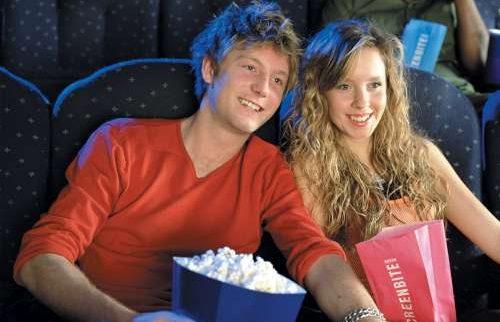 Cinema dating app afhankelijke dating Signs