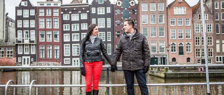 Datingsite Kiezen / Datingblog / Singles in wintermaanden massaal op ...