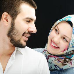 De nieuwe datingapp van MuslimONLY, zwaait gearrangeerde huwelijken uit!